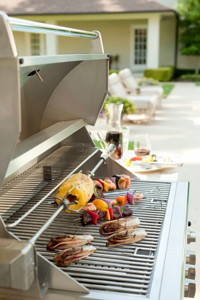 Paragraph 2 – Coyote Food on the Grill_preview