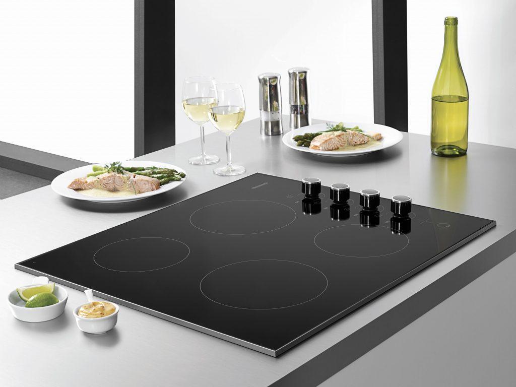 Blomberg18_KitchenCooktopCTE24402